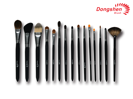 High quality custom made 15 pcs Cosmetic Brush Set