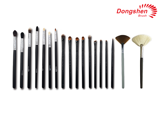 Custom logo 18pcs Makeup Brush Set