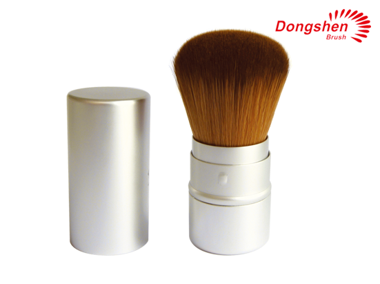 Synthetic hair silver Retractable kabuki brush