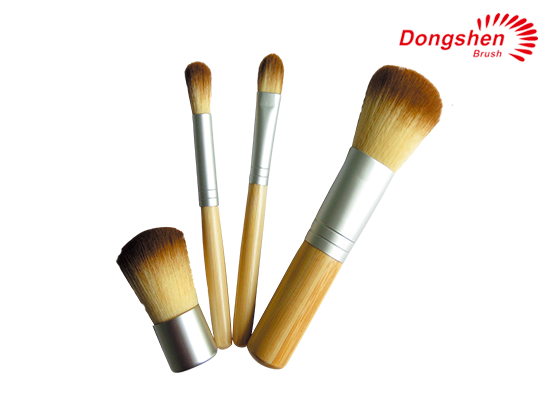 4pcs bamboo handle Travel Brush Set