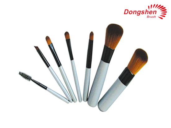 Synthetic hair 7pcs Travel Brush Set