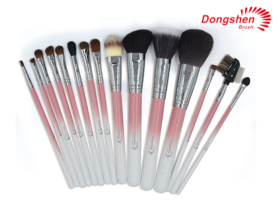 Colorful wooden handle Makeup Brush Set
