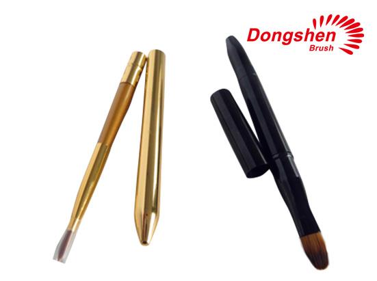 Retractable lipstick brushes