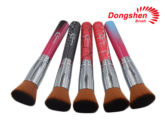 Flat top synthetic hair foundation brushes