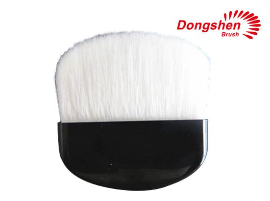 Good goat hair compact blush brush